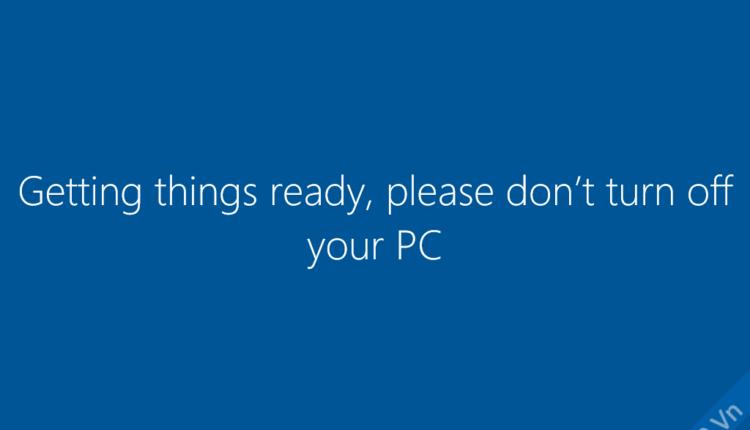 Đang lưu cài đặt, khởi tạo windows…